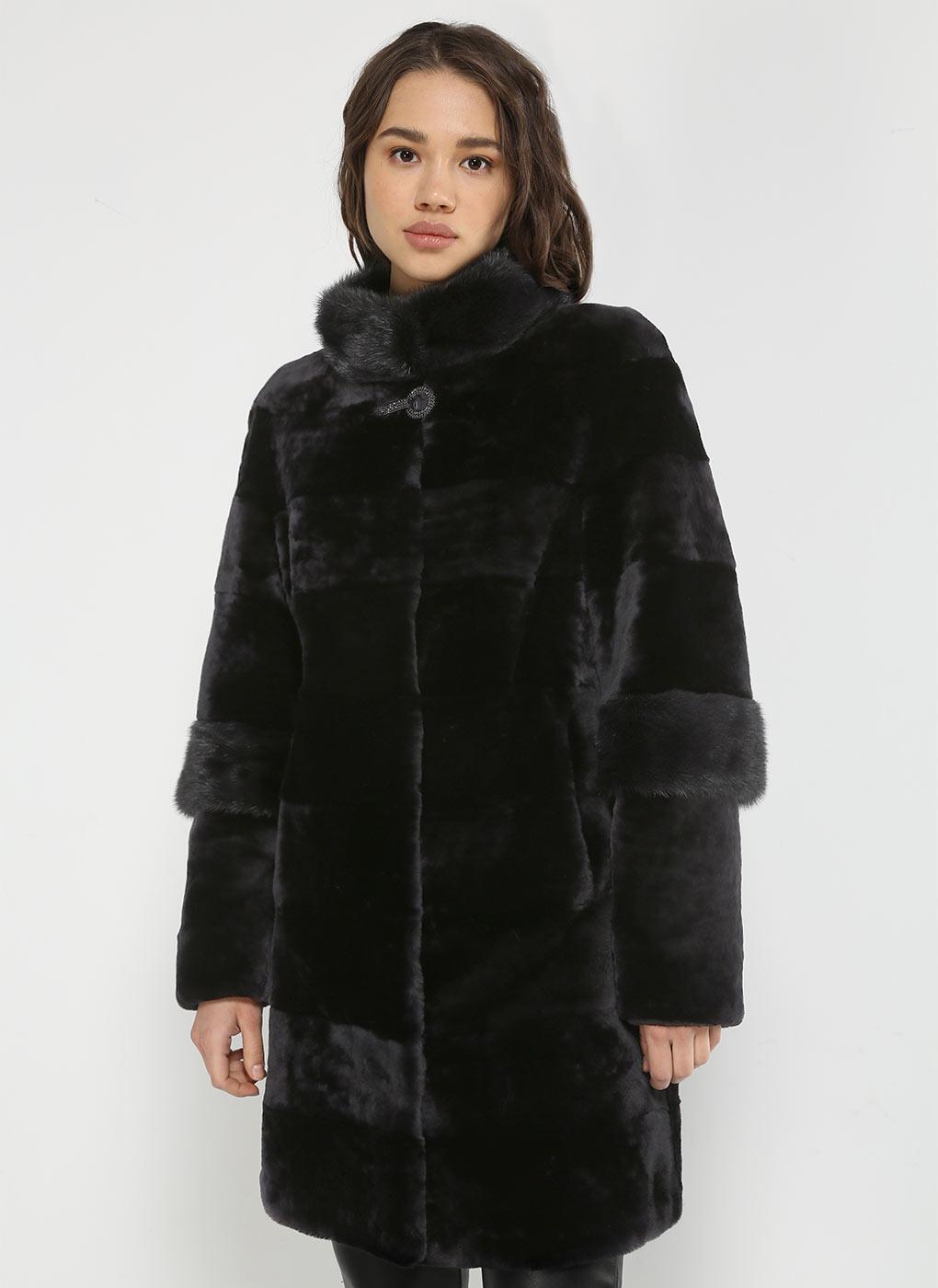 Пальто приталенное из мутона 15 фото